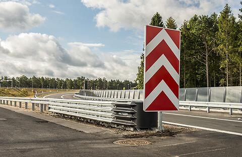 Påkørselsdæmper og energiabsorberende terminaler - Energiabsorberende terminal fra DAV NORDIC - Silkeborg Motorvejen