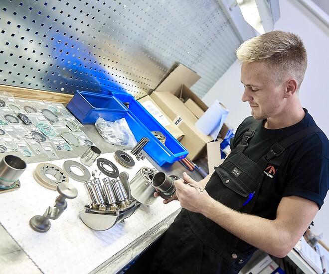 Hydraulik service og hydraulik reparation