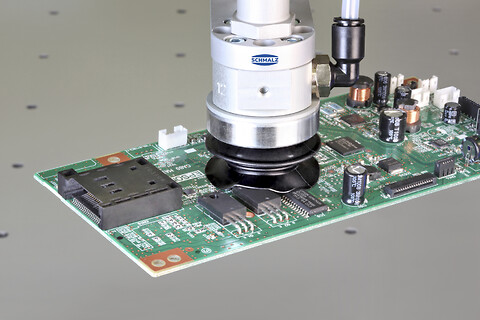 Sikker håndtering af følsomme elektroniske komponenter med vakuumteknik