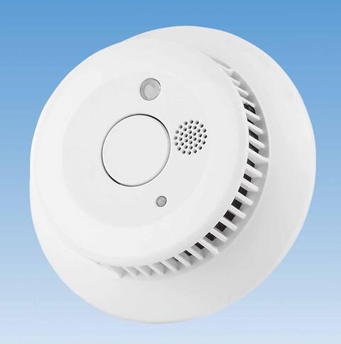 COMFORT IP trådløs røgalarm - Denne smarte røgalarm registrerer røgdannelse tidligt og udsender en alarm, så du kan nå at reagere. Ved røgdannelse og brand udsender røgalarmen en høj sirene, mens et hvidt LED-lys sikrer, at du nemt kan orientere dig ved strømafbrydelse.