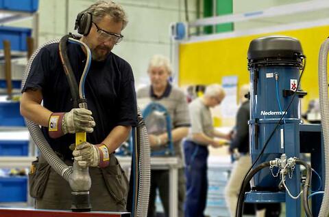 Mobil slipende vakuumblåser fra Nederman
