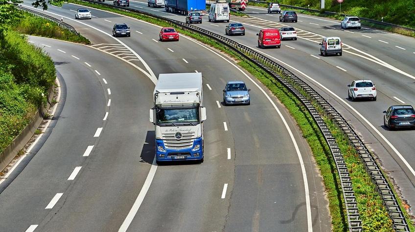 Nye trafiktal: Lastbiltrafikken tilbage til normalen i august