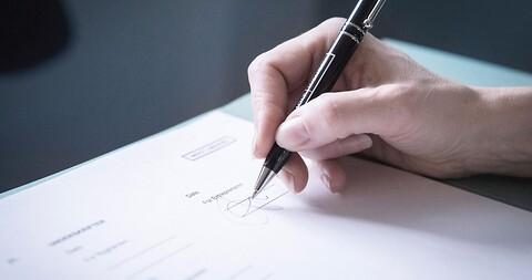 Kontrakter og forsikring