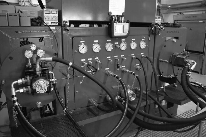 Testbænk til hydraulikpumper
