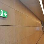 RIMO Metro flugtvejsarmatur på væg - Marmorkirken metrostation