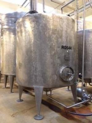 1 stk. 7,5 m3 uisolerede rustfrie tanke V0516