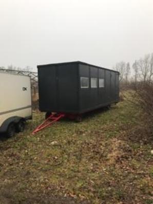 927 Letvogn med køkken og bad sælges via Campen Auktioner