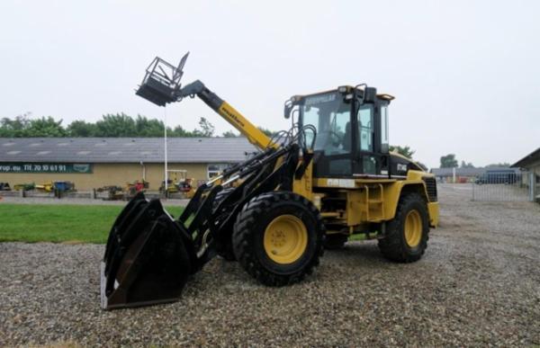 1072 Entreprenør- og landbrugsmaskiner sælges via Campen Auktioner