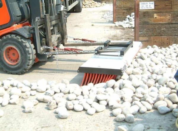 Truckkost MegaSweep 600 1520 mm.