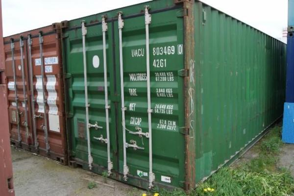 803904-9 40'skibscontainer