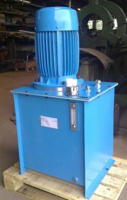 Hydrauliske pumpestationer og komplette anlæg.