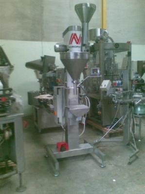Automatisk doseringsmaskine  til fyldning af pulver og granulat i poser, spande mv.