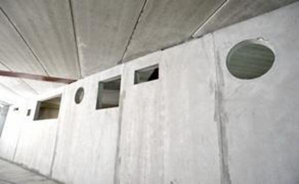 Contiga Tinglev fremstiller bærende- og ikke bærende vægelementer i beton.