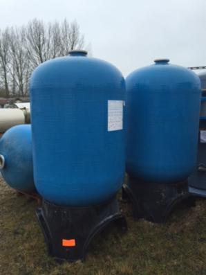 1830 liters opretstående composite tanke