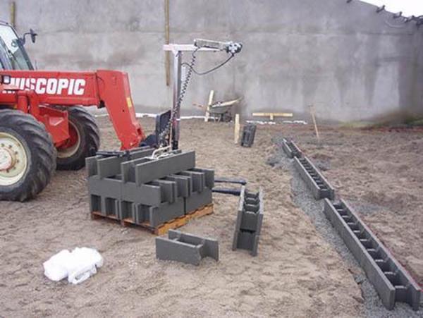 Blok og Leca løfter -  Nem betjenlig tang til minigravere