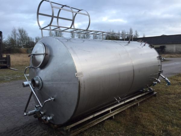 11 m3 rustfri tank