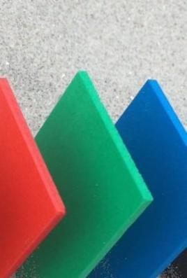 Extruderede opskummede PVC plader