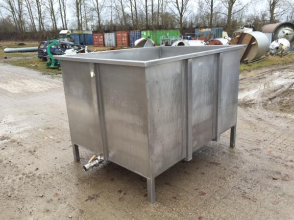 3600 liters rustfrie kar - SOLGT