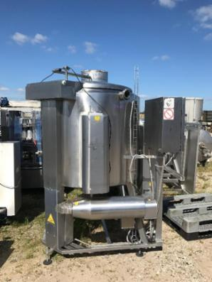 1000 liters rustfri kogegryde med headolieomvarmning.