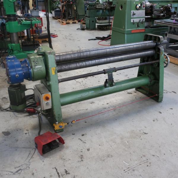Brugt nosstec rma 15/40 motoriseret pladevalse - 1540 x 4 mm.
