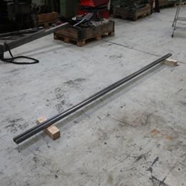 Brugt seng for enkeltsporsværktøjer - 3050 mm.