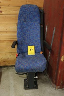 Entreprenør sæde med drejekonsol og sele