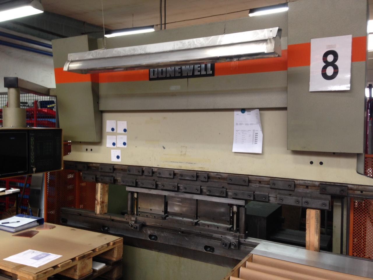 Donewell kantpresse H80t-2500mm