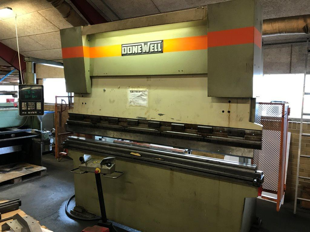 Donewell CNC kantpresse