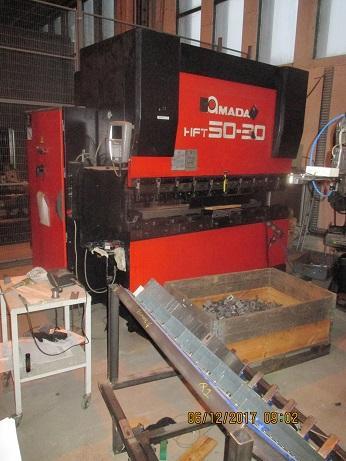 Brugt Amada kantpresser 50 ton x 2000MM sælges